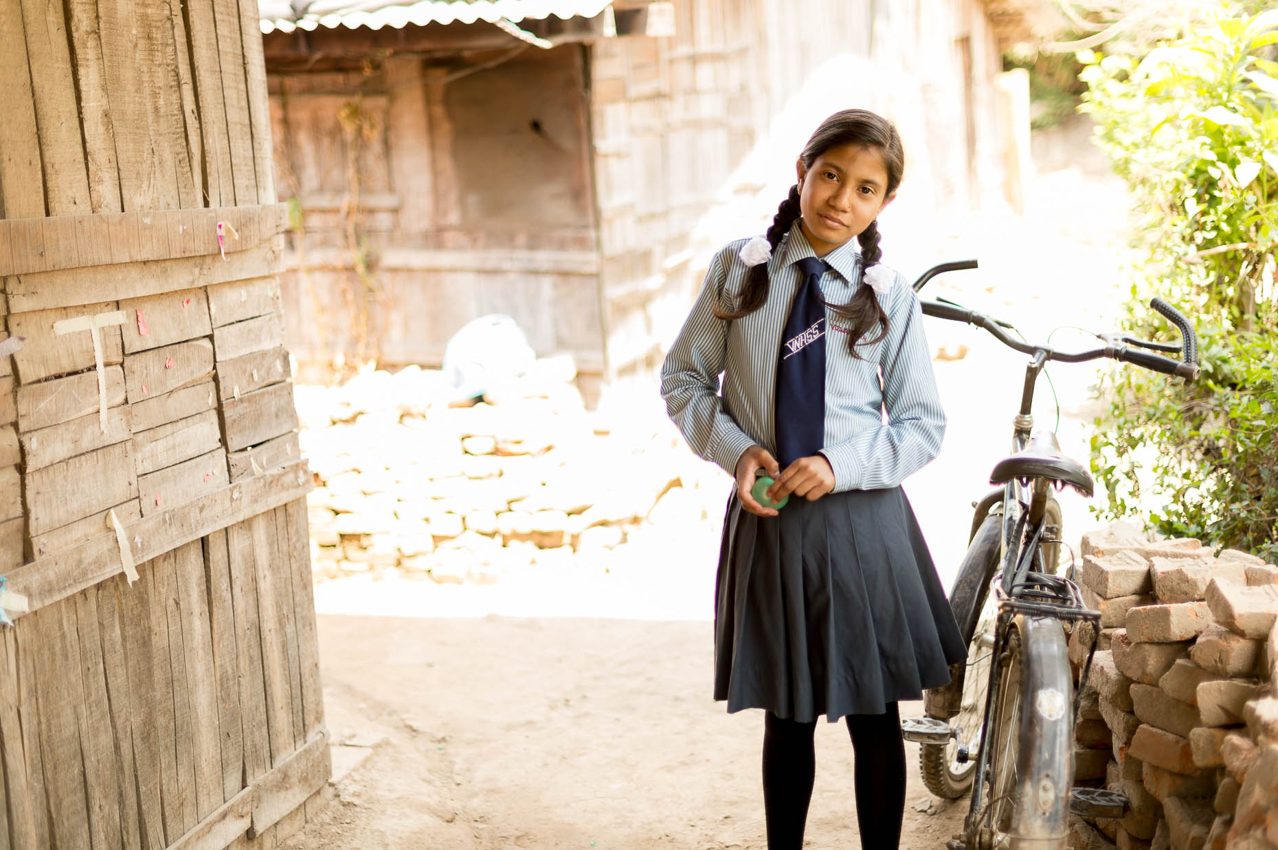 Portrait-girl-with-bike-Nepal