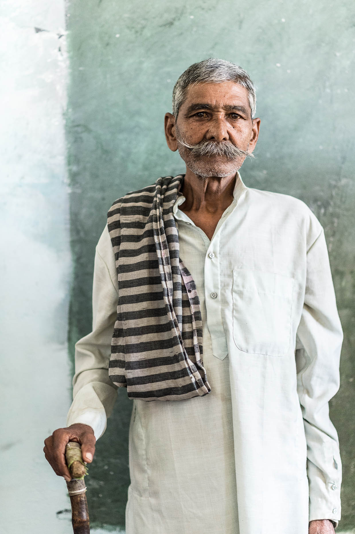 Portrait-elderly-man-India-at-clinic